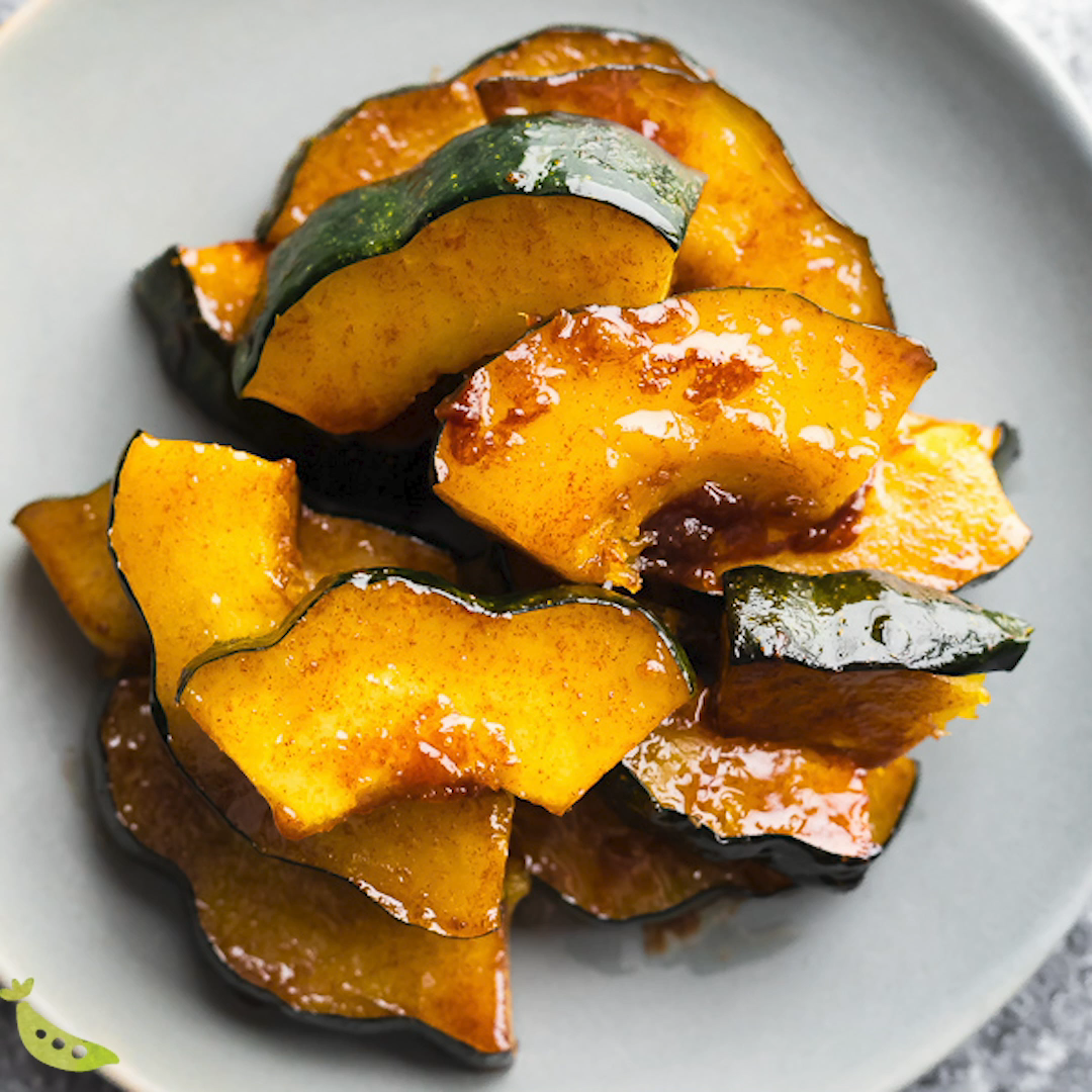 Maple Butter Roasted Acorn Squash