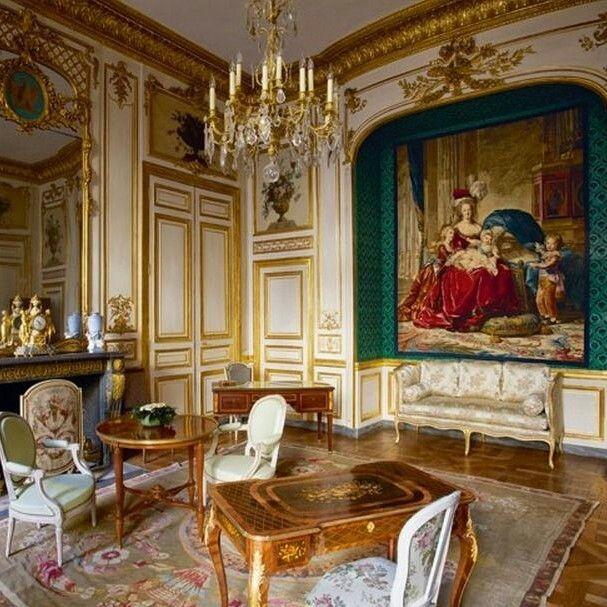 Chambre Marie Antoinette Hotel De La Marine On Place De La Concorde In Paris Marie Antoinette Castles Interior French Antiques