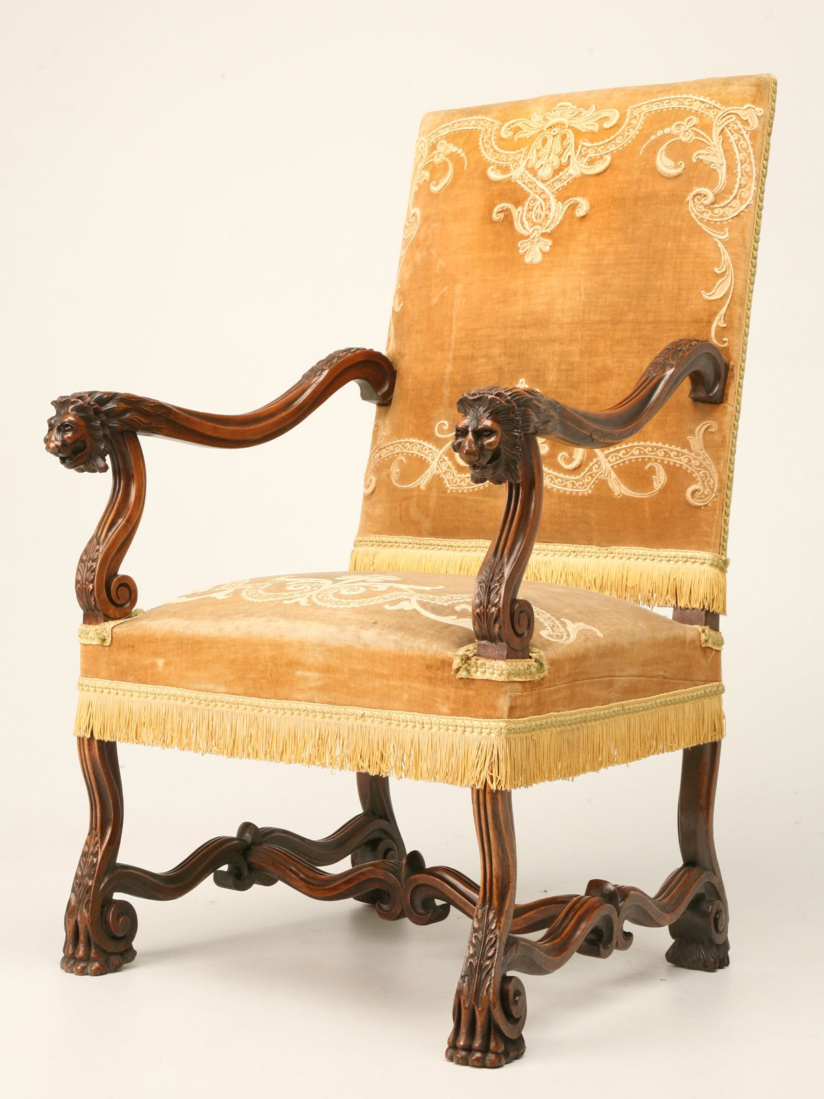 Antique walnut throne chair in the Louis XIII style. Beautifully hand  carved with lion head detail, fleur-de-lys inspired volute H-stretcher and  paw feet. - Antique Walnut Throne Chair In The Louis XIII Style. Beautifully
