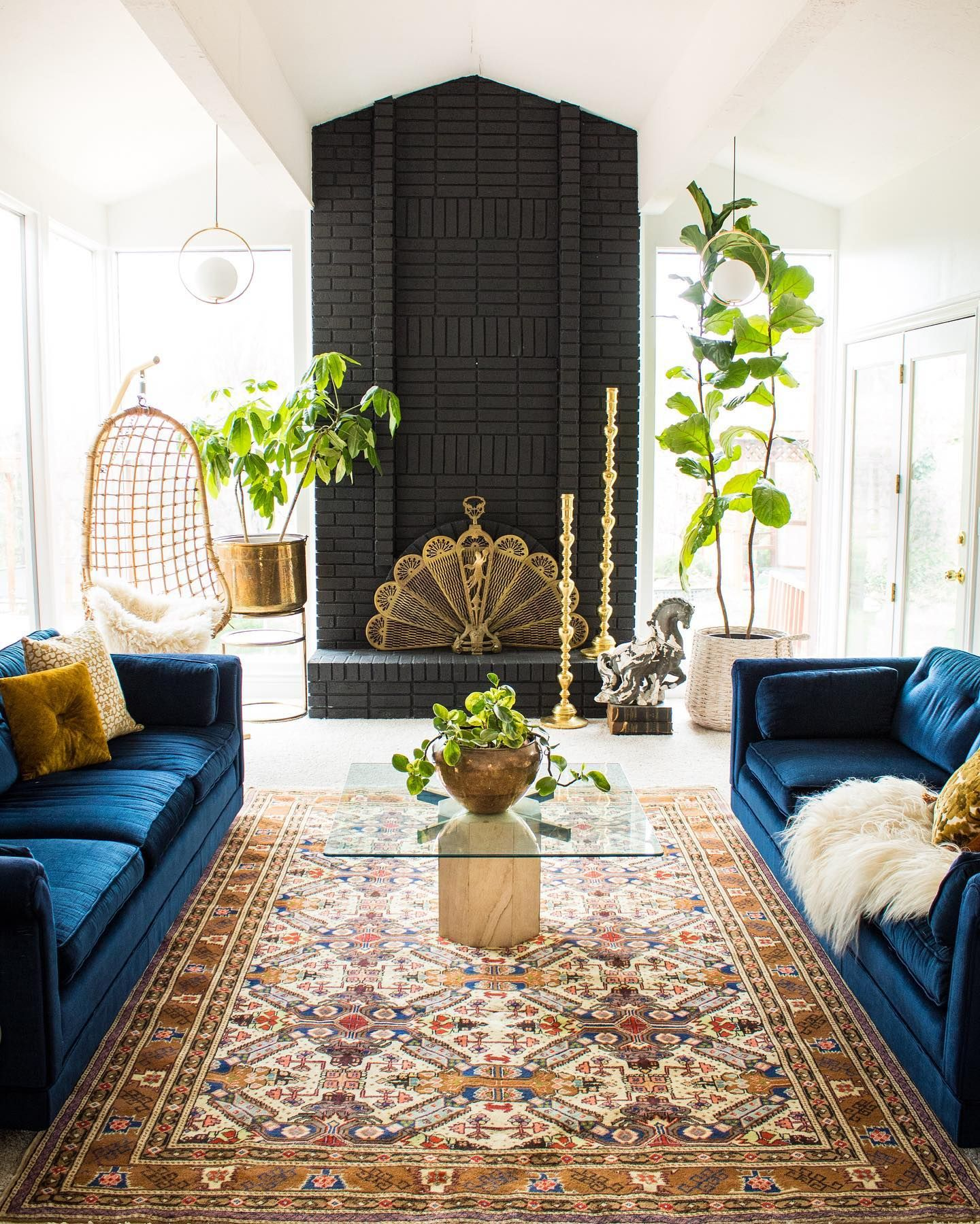 Boho Eclectic Living Room Using A Rug In A Space Totally Transforms It Livingroominspo Eclec Blue Couch Living Room Rugs In Living Room Luxe Living Room
