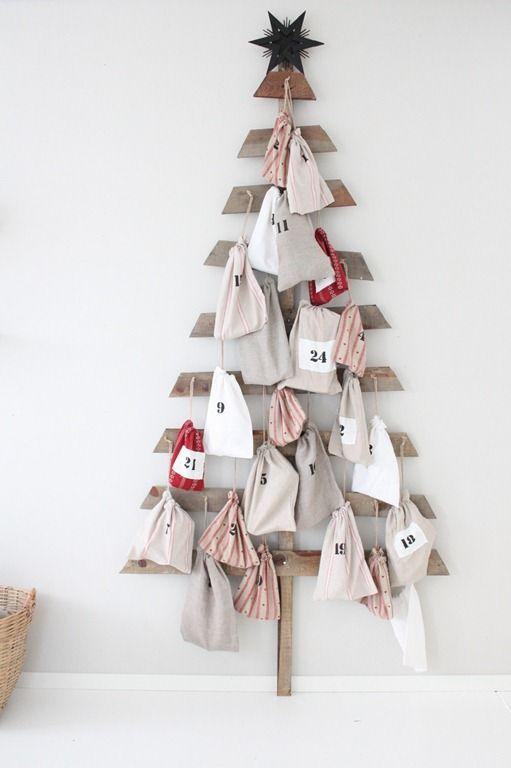 DIY Advent Calendars 21 Decoración de Navidad Pinterest Wooden