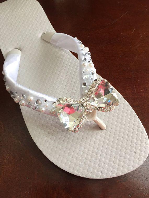 c8e5825d5a29e3 Bride Gifts · Bridesmaid Shoes · Beach Weddings · Creative Ideas · Slippers  · Knots · Flipping · Bridal Flip Flops.Wedding Flip Flops with CRYSTAL by  ...