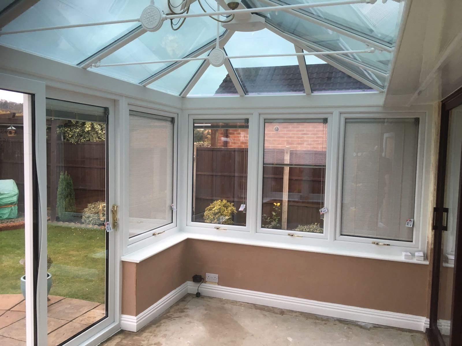 White Double Hipped Edwardian Conservatory With Celsius Elite Roof Glass And Integral Blinds Installed In Calverton Notti Roofing Roof Lantern Window Company