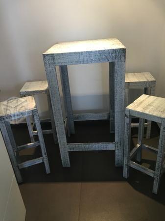 Mesa con bancos Vintage | Roomies | Pinterest | Bancos, Muebles mesa ...