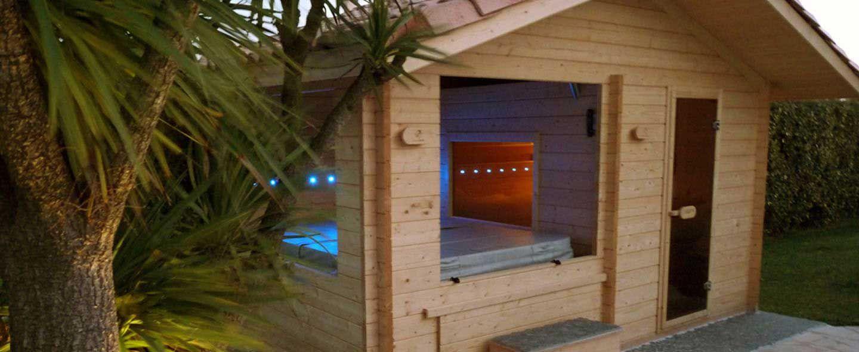 Découvrez Le Sauna Extérieur En Bois Mif Avec Spa Intégré Un Chalet De Tradition Finlandaise Disponible Pour Les Spas Infinity Facile à Installer Dans