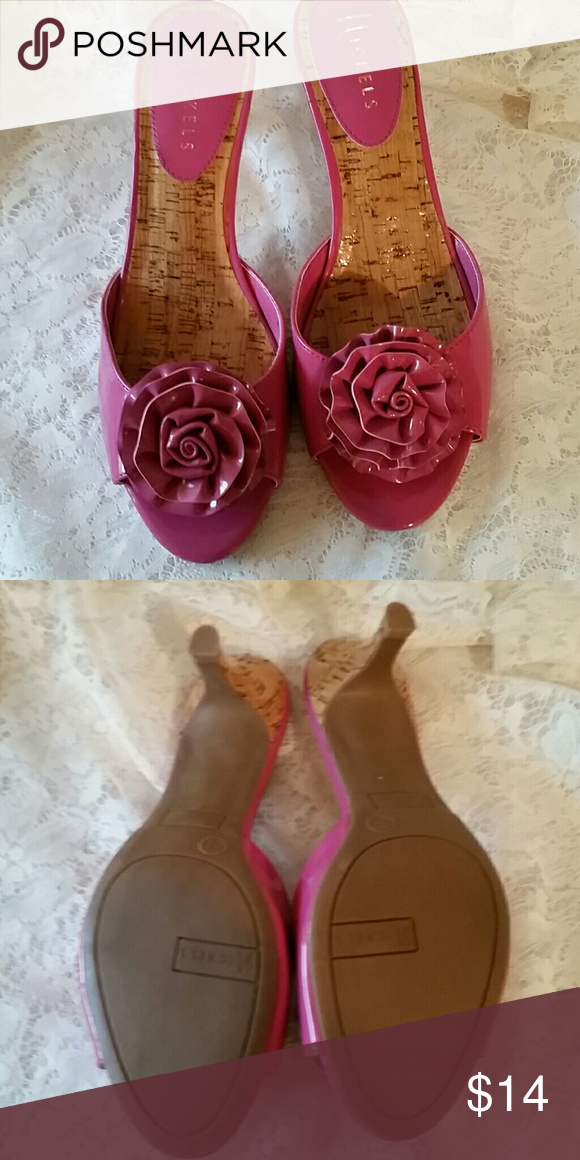 NWOT SUPER CUTE SANDALS These cute pink are faux leather slide on peep toe . Cute flowers on the them . The heels are 2 inches high. Nickels Shoes Sandals