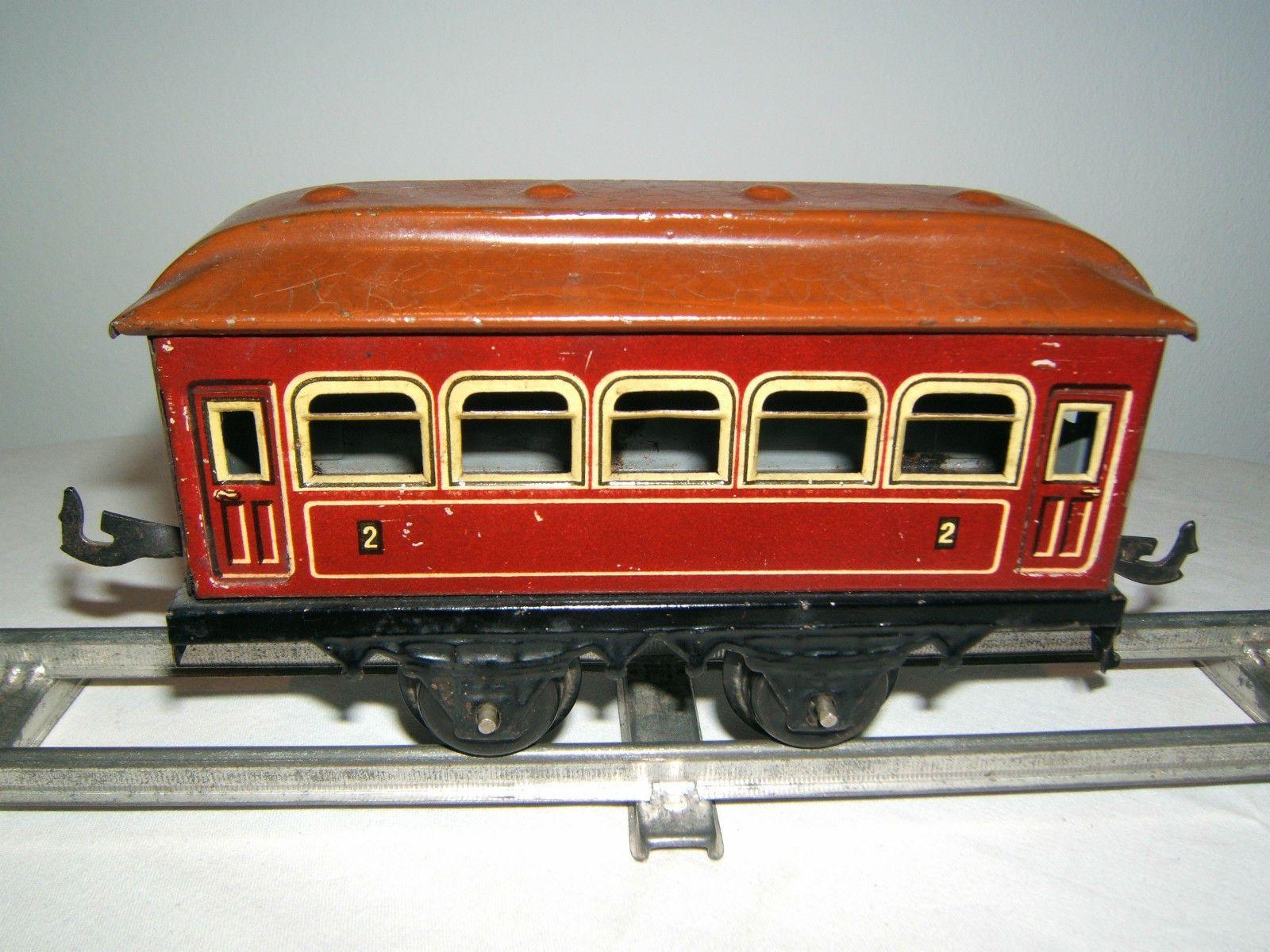 Bing Werke seltener Personenwaggon, rot, Spur 0, Blech, Germany, 1930er Jahre
