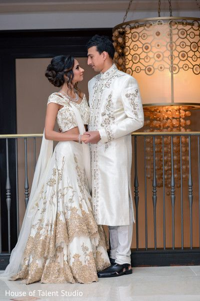 Indian Wedding Reception Photography Http Www Maharaniweddings Com Galle Wedding Reception Outfit Indian Wedding Outfits Indian Wedding Reception Photography