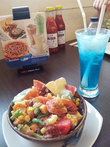 Mix Salad From Pizza Hut