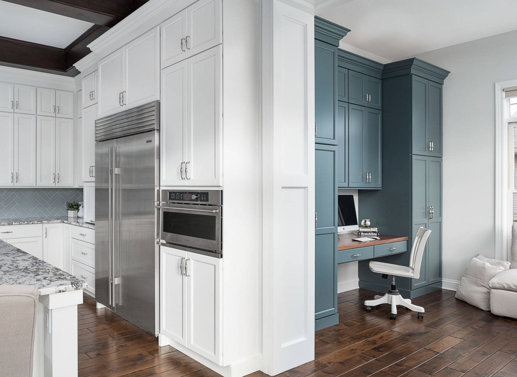 cabinets painted in benjamin moore knoxville gray on benjamin moore interior paint chart id=45768