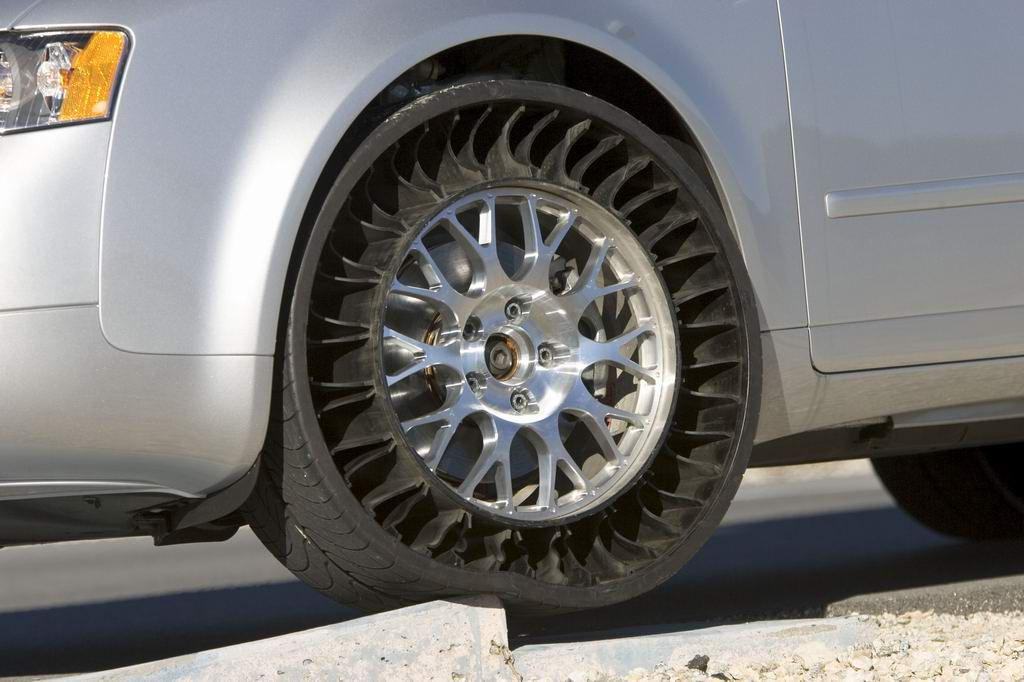 Michelin Spoke Airless Tire New Design By The Next Generation Of Tires
