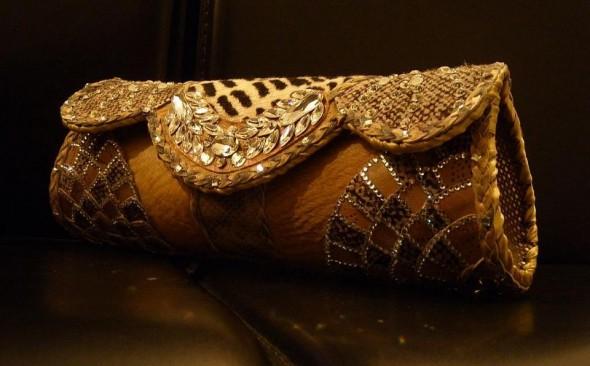 a26e2e0b2f7bb8 Gorgeous Pakistani Bridal Purses | Purses Pakiatani | Bridal ...