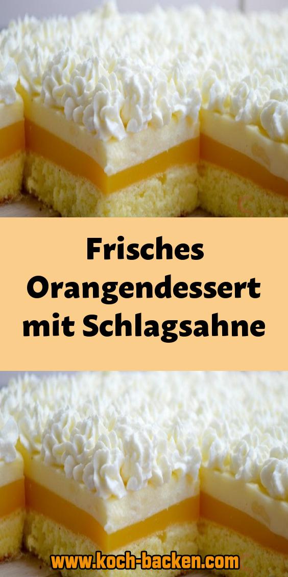 Frisches Orangendessert mit Schlagsahne