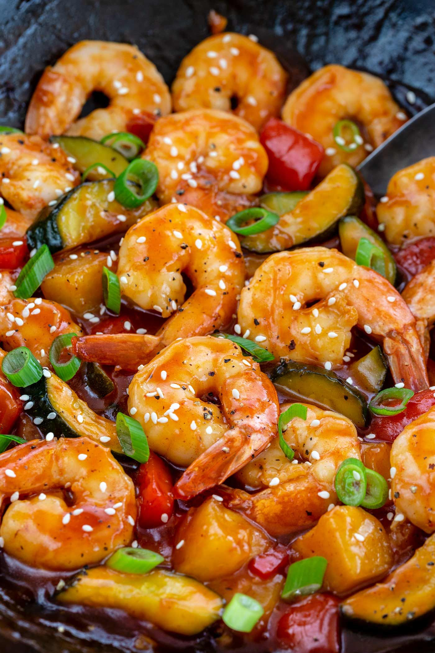 Sweet and Sour Shrimp | The Recipe Critic #chinesemeals