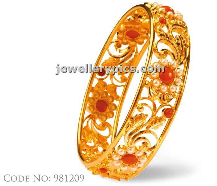 Image from http://3.bp.blogspot.com/-DyDoeehhKq8/UblLVVKfzHI/AAAAAAAAWeg/reHrc7R8i5w/s1600/abharan-jewellers-gold-bangle-designs+(1).jpg.