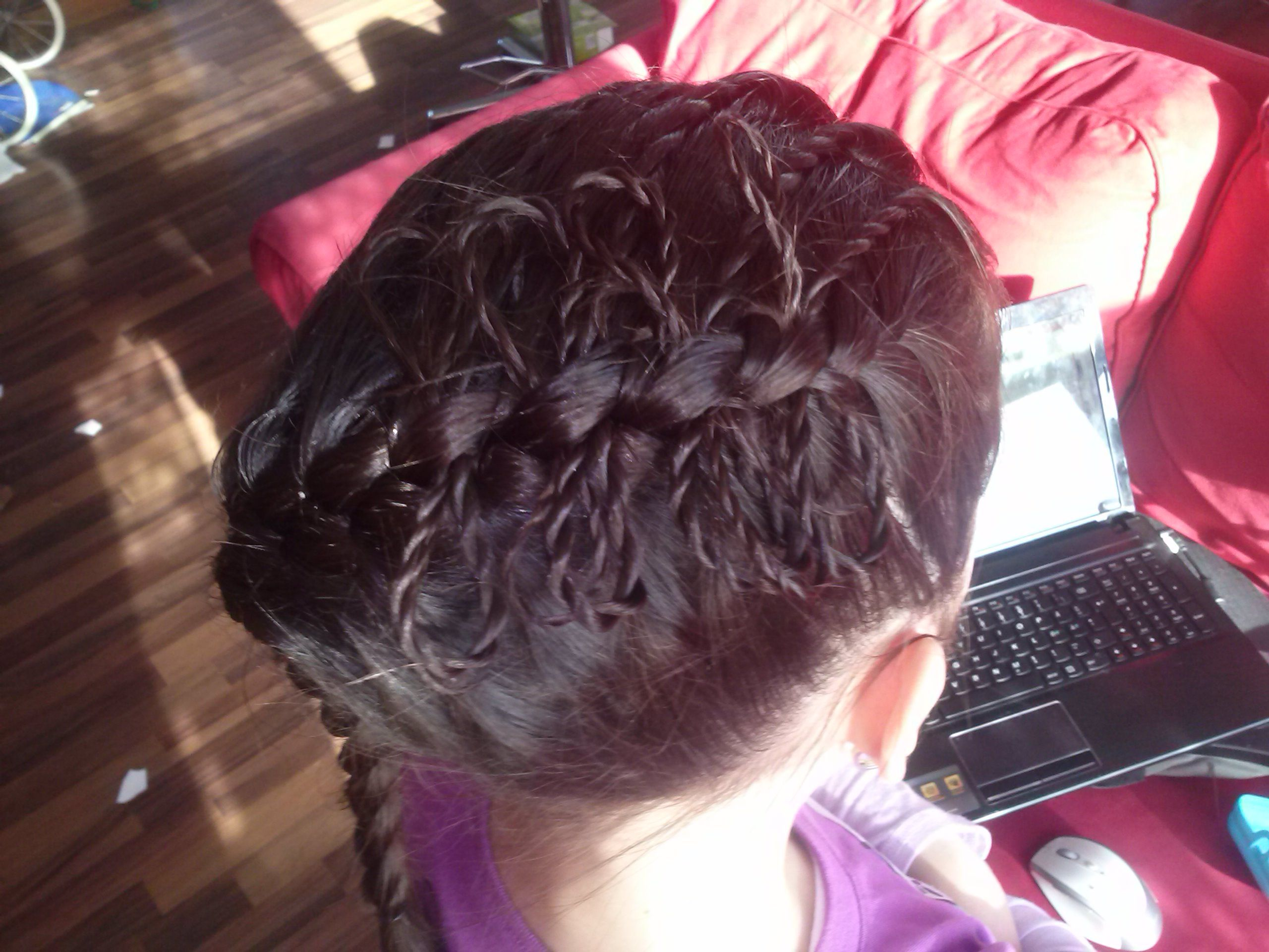 French braid with twisted bows built on the bowbraid from cute