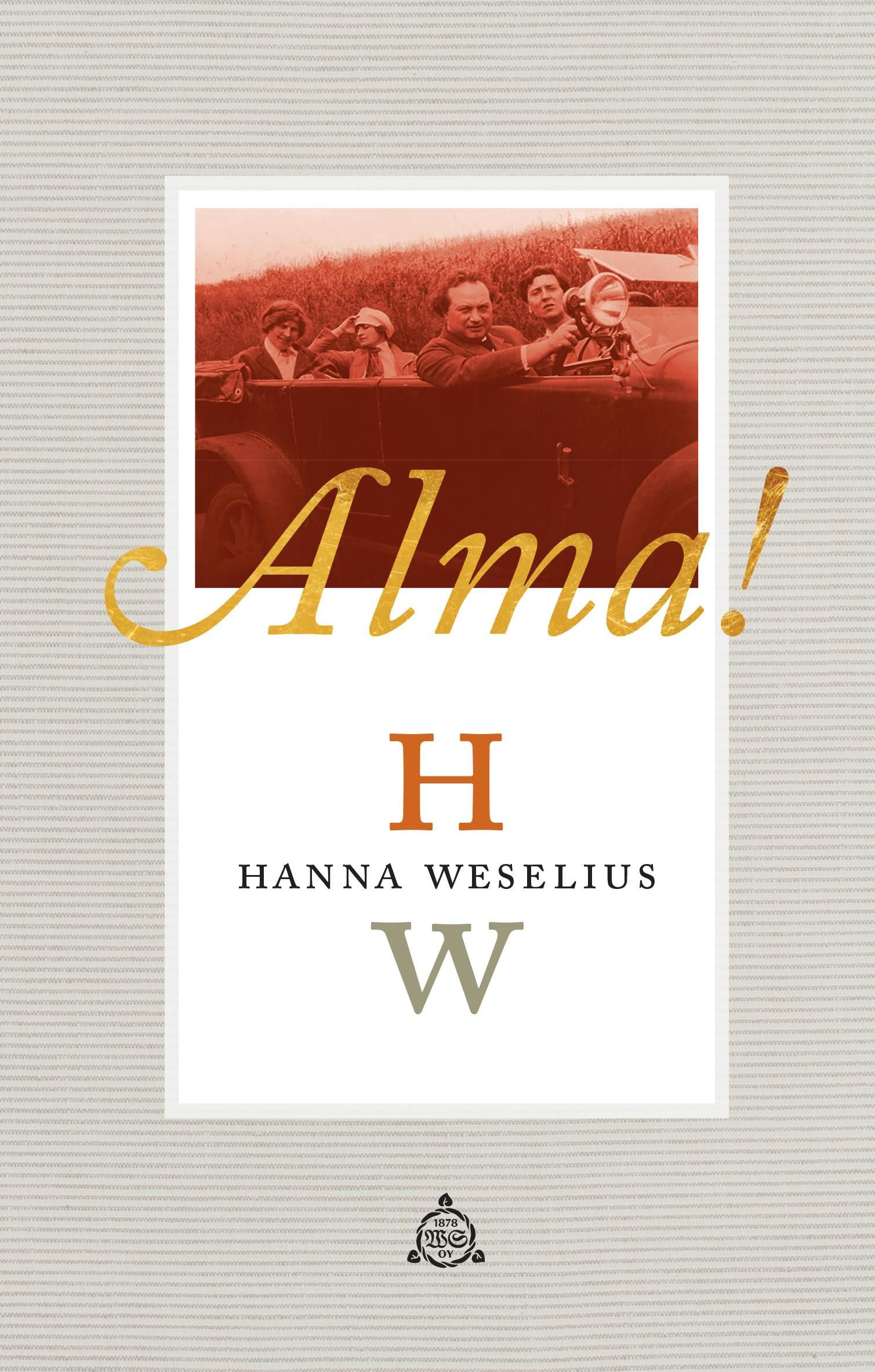 Kirjan vuosi 2015 -kirjoituskilpailun voittanut romaani   Alma! on rihmastomainen, moniaalle kurkottava ja kieleltään ilmaisuvoimainen romaani taiteesta, nykymaailmasta ja niistä kriteereistä, joilla ihmisyyttä ja varsinkin naisen arvoa yhä mitataan. Sen todellisuudessa on sijaa yhtä lailla maahanmuuttajapoikaa salaa tapaavalle lakinaiselle ja juorulehtien sivuilla omaa glamour-elämäänsä viettävälle viihdetanssijalle.   Wienissä 1907 Alma Mahler istuu pianon ääressä, hänen sormensa juoksevat…
