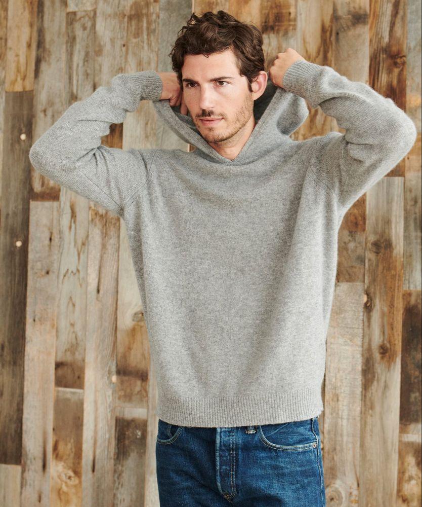 Men S Cashmere Hoodie Heather Grey Jenni Kayne Cashmere Sweater Men Mens Cashmere Cashmere Hoodie [ 1000 x 834 Pixel ]