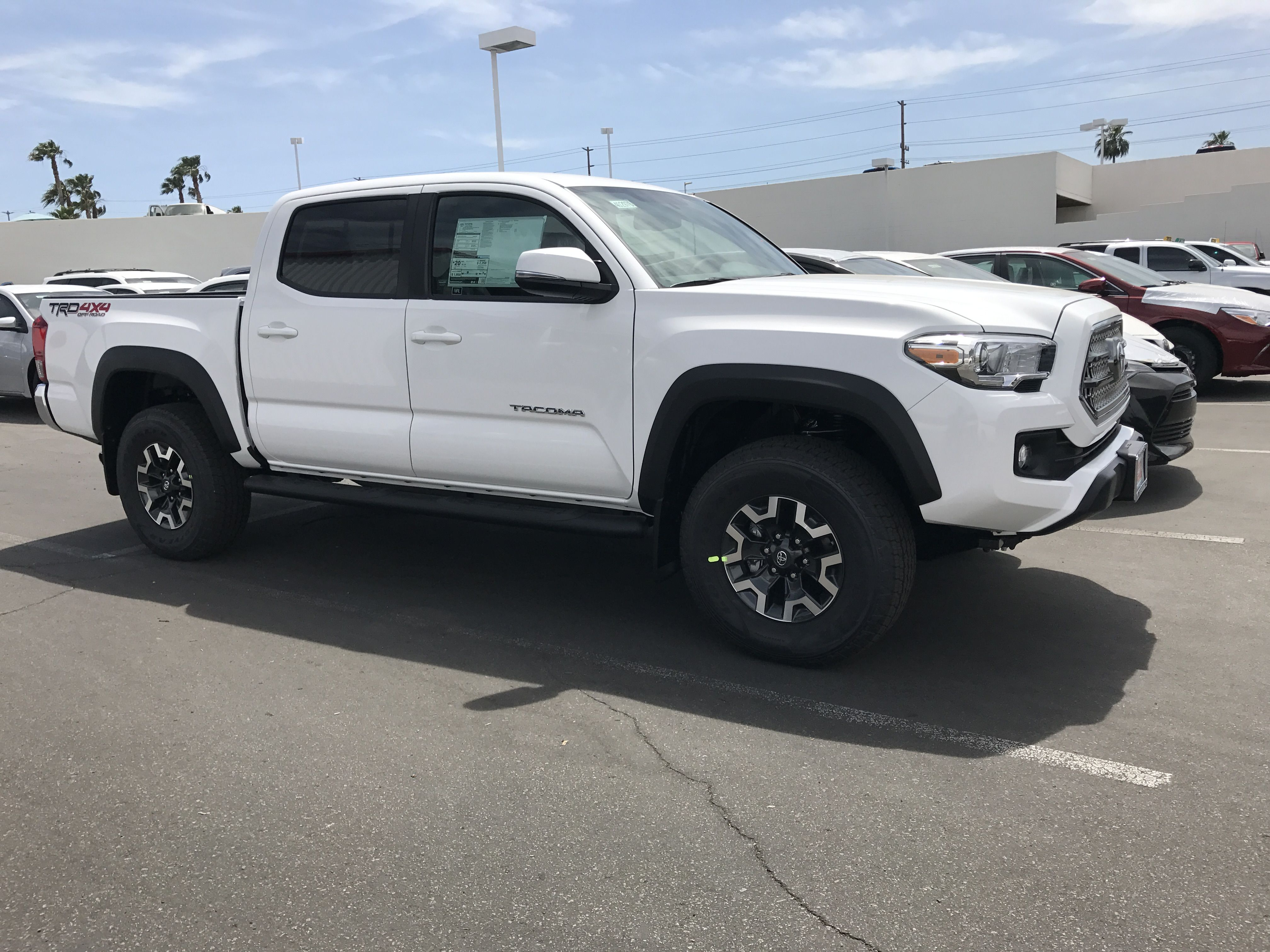 Double Cab 4x4 Trd Off Road Toyota Tacoma In Super White