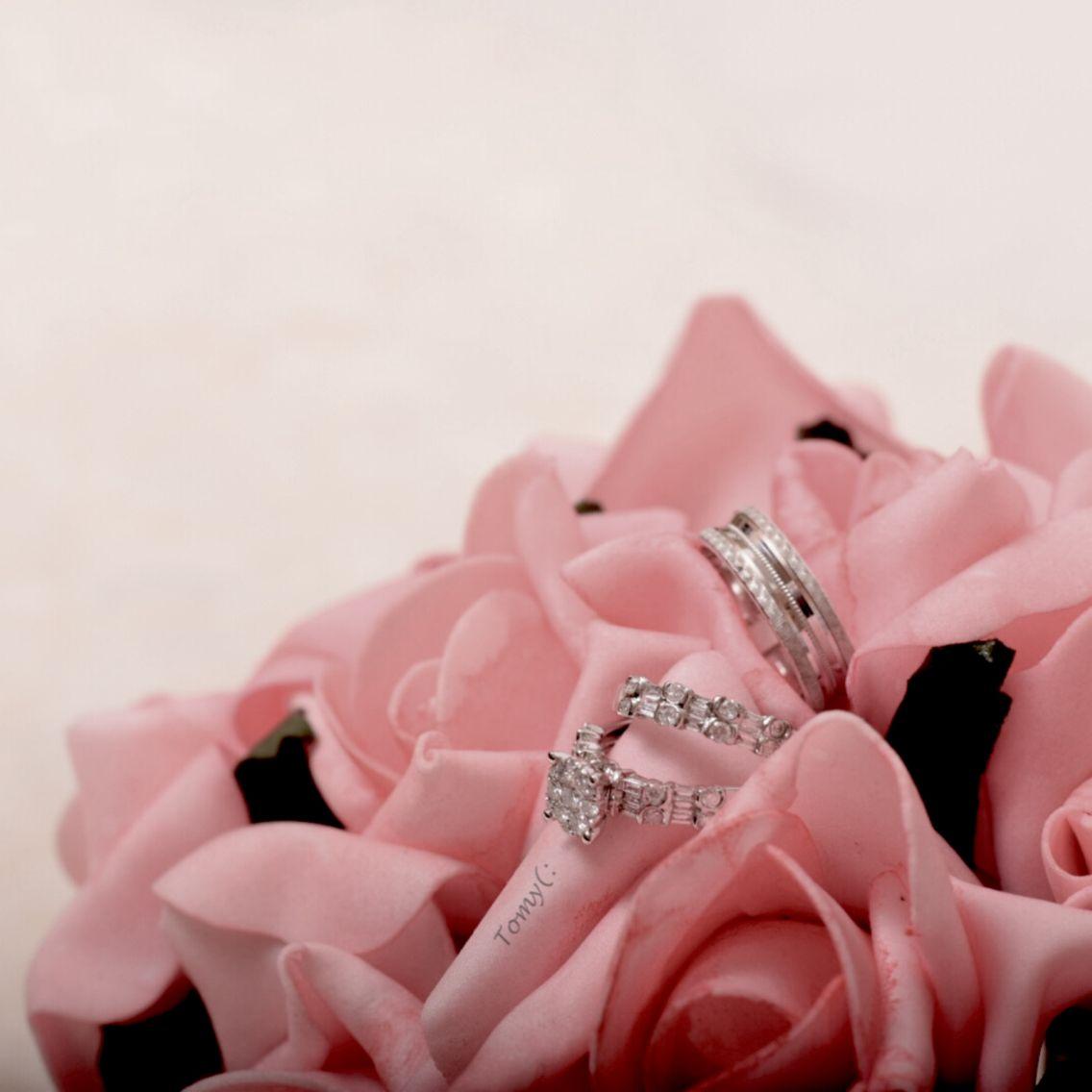 الله يتمم على خير تصويري تصميمي صورة عقد قران ملكة خواتم الماس نيكون Nikontop Nikon Engagement Rings Engagement Rings