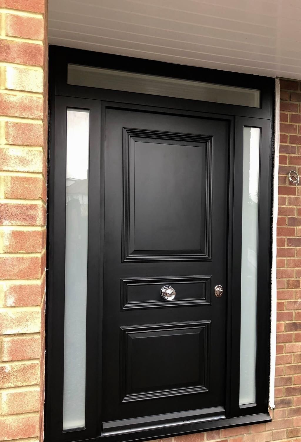 Satin Black Front Door With 2 Side Panels And Fanlight Black Ral9005 For More Inspiration Visit Www Cer Black Front Doors Front Doors Uk Front Door Entrance