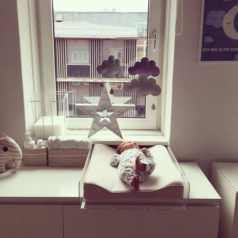 babyværelse inspiration puslebord, inspiration til puslebordet, ergonomisk puslebord  babyværelse inspiration