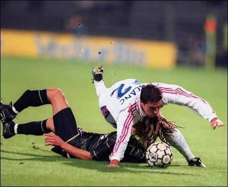 12 Of The Worst Soccer Injuries Of All Times Soccer Injury Worst Injury Soccer Injuries Sports Injury Soccer Injuries Sports