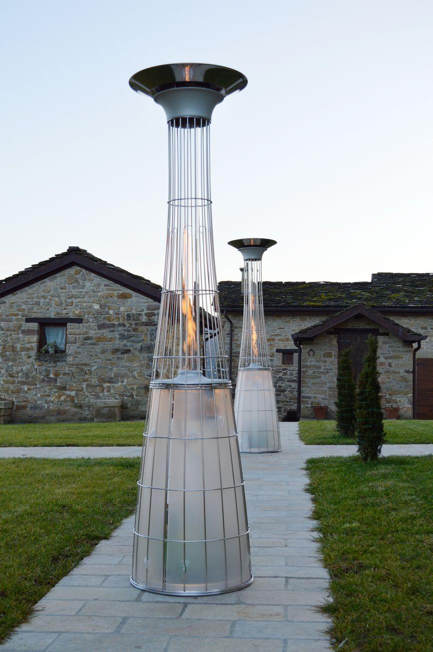 Der Design Terrassenheizstrahler Dolce Vita Ist Besonders Hochwertig Verarbeitet 360 Warmeabstrahlung Entlang Der Glasrohre D Garten Dolce Vita Space Needle
