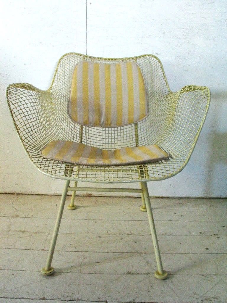 Vintage mid century modern metal folding wire mesh patio chairs - Russell Woodard Sculptura Patio Chair Mid Century Modern Eames Era