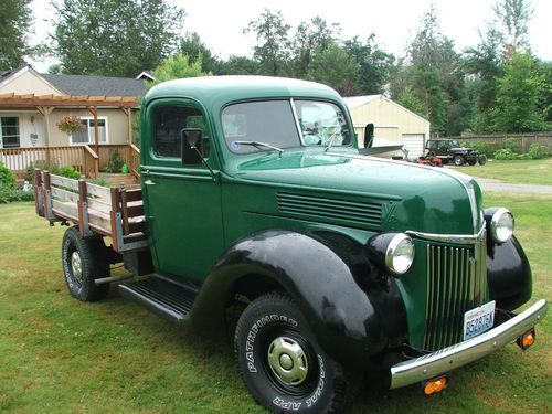 Buy used 1940 ford truck-3/4 ton Flatbed  Few made 1857