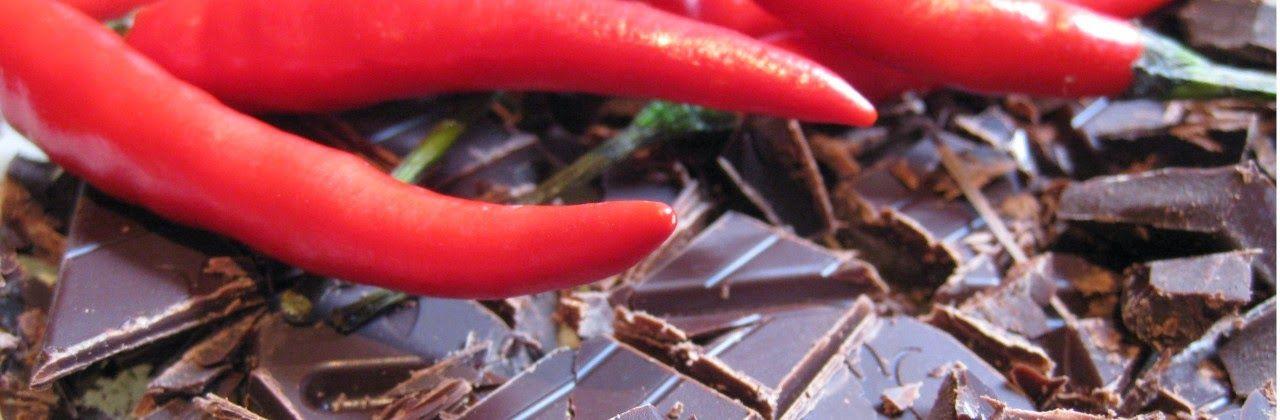 """Hoy os invitamos a degustar nuestro té negro """"SECRETO AZTECA"""" con Té negro Assam, semillas de cacao, cáscara de cacao, chili y chocolate. Entra en http://www.namaste-guadalajara.com/te-negro/78-secreto-azteca-.html y descubre nuestras mas de cien variedades de té, rooibos, infusiones y café, ven a conocernos en la C/ San Roque 17 – 19002 – Guadalajara – España y te invitaremos a degustar nuestro té"""