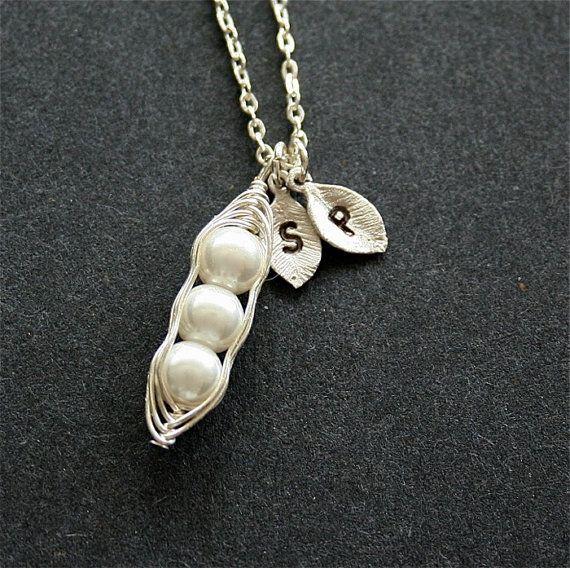 3 Peas in a Pod Initial Bracelet Pea Pod Bracelet Mom Bracelet Three Peas Personalized Pea in a Pod Bracelet GIft for Mom