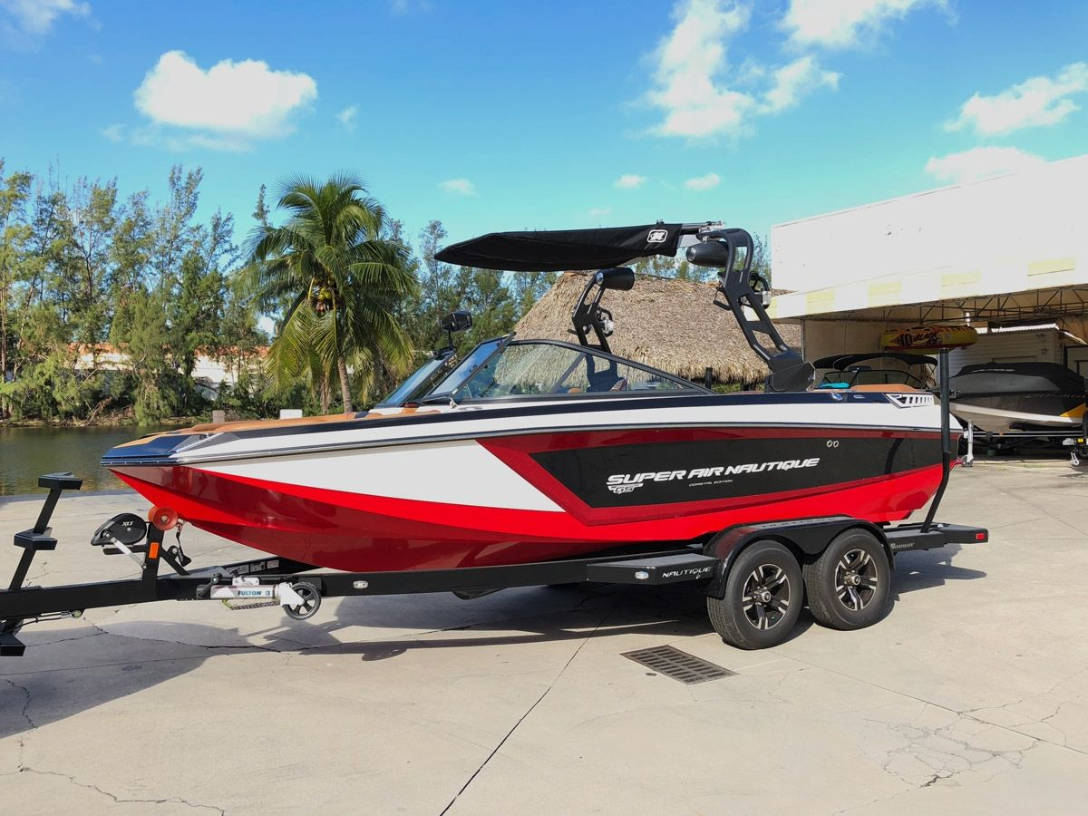 2017 Super Air Nautique GS20 Coastal Edition with Red