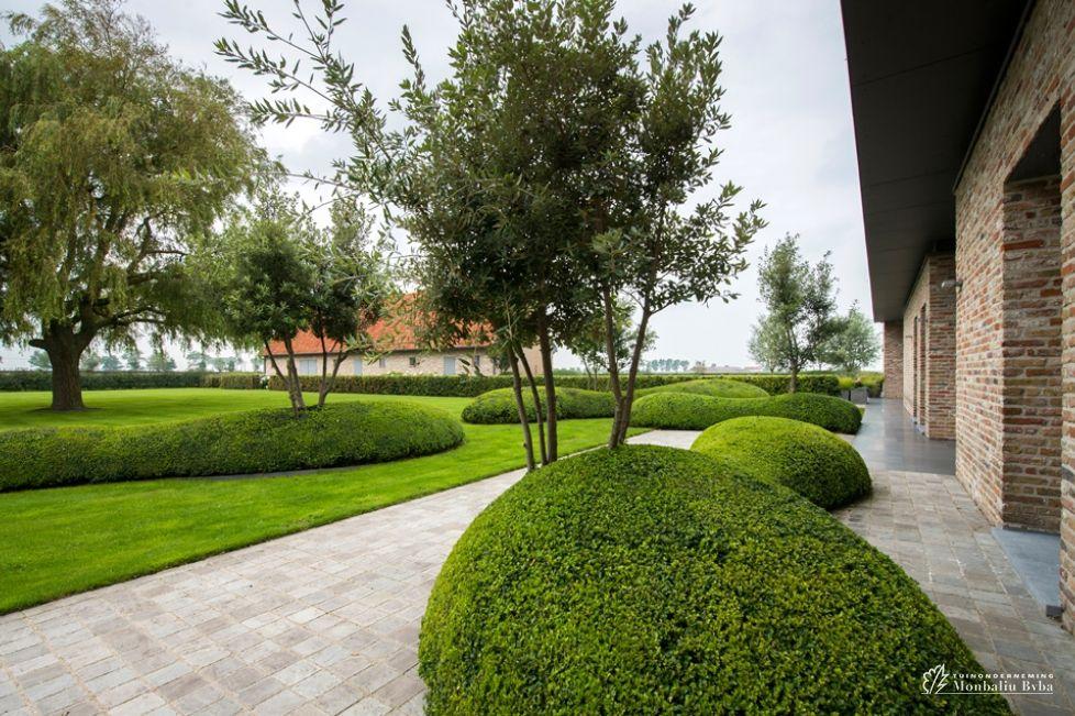 Aangelegde tuinen door tuinonderneming monbaliu landschapstuin rond zuienkerse polder hoeve - Moderne landschapsarchitectuur ...