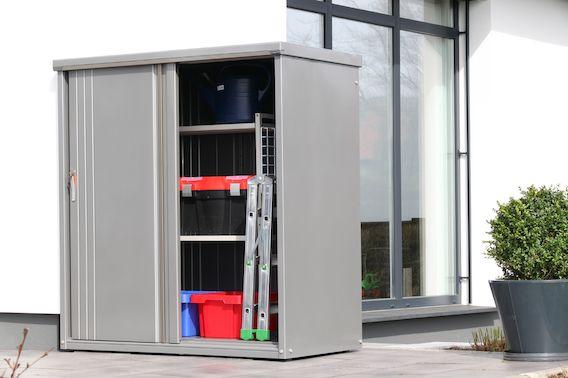 ideal f r die terrasse der metall ger teschrank 157 ger tehaus pinterest ger teschrank. Black Bedroom Furniture Sets. Home Design Ideas