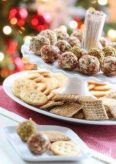 Cheese Truffles / Mini Cheeseballs Holiday Bacon-Inspired Appetizers