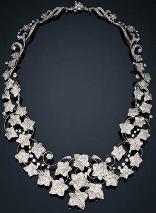 0ef394651be6 AN ANTIQUE DIAMOND IVY NECKLACE