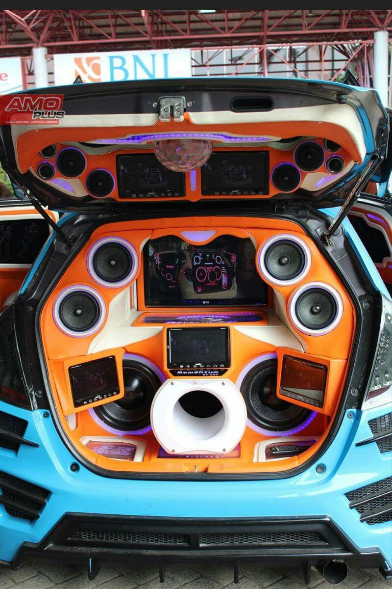 Pin By ณ ฐพงษ เล างาม On Aufgemotzte Autos Sind Mein Leben Custom Car Audio Car Audio Installation Car Audio Subwoofers