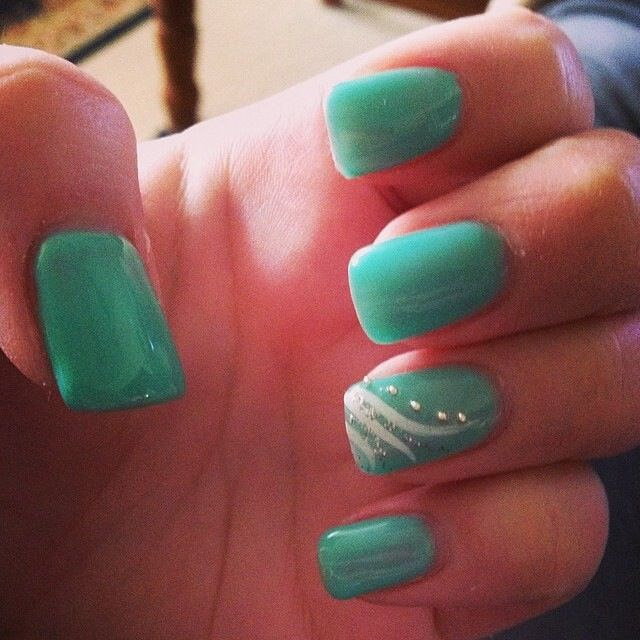 Pin By Whitney Adkins On Nails Mint Green Nails Mint Nails Mint Nail Designs