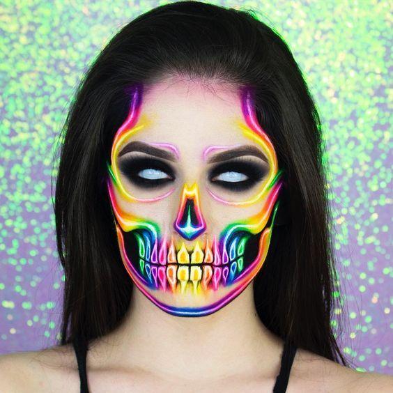 17 Maquillajes de catrina en tonos neón para brill