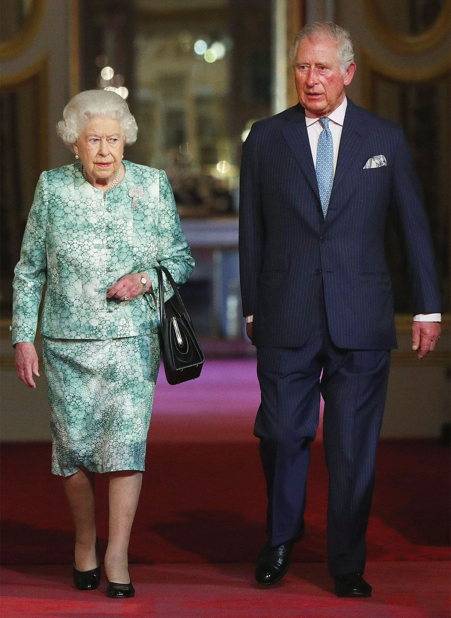 Garderobe Queen Elizabeth Prince Charles Named Next Commonwealth Leader After The Queen