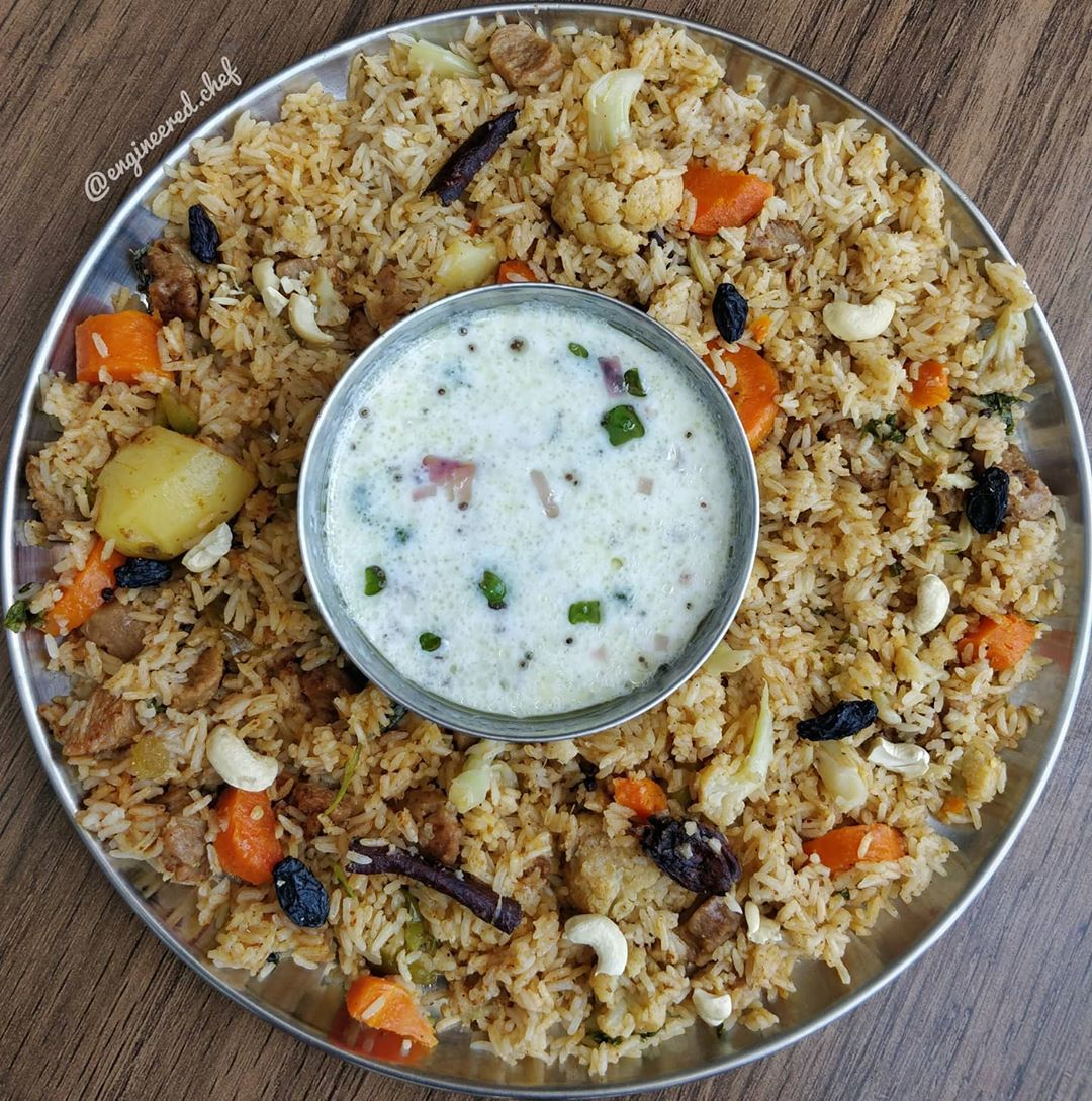 Veg Pulao– A healthy, comforting and mildly spicedone pot rice dishthat is easy and absolutely delicious. #QuarantineLife #vegpulao #pulao #pulaorice . . . #lunch #food #dinner #foodie #foodporn #instafood #breakfast #yummy #delicious #pune #bangalore #hyderabad #bhubaneswar #odisha #foodlover #restaurant #foodblogger #instagood #lunchtime #eat #foodgasm #homemade #healthy #love #foodies