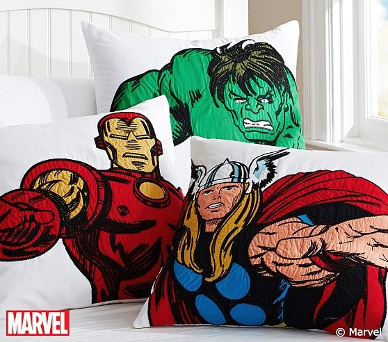 marvel super hero decorative sham gars chambre de et chambre des enfants. Black Bedroom Furniture Sets. Home Design Ideas