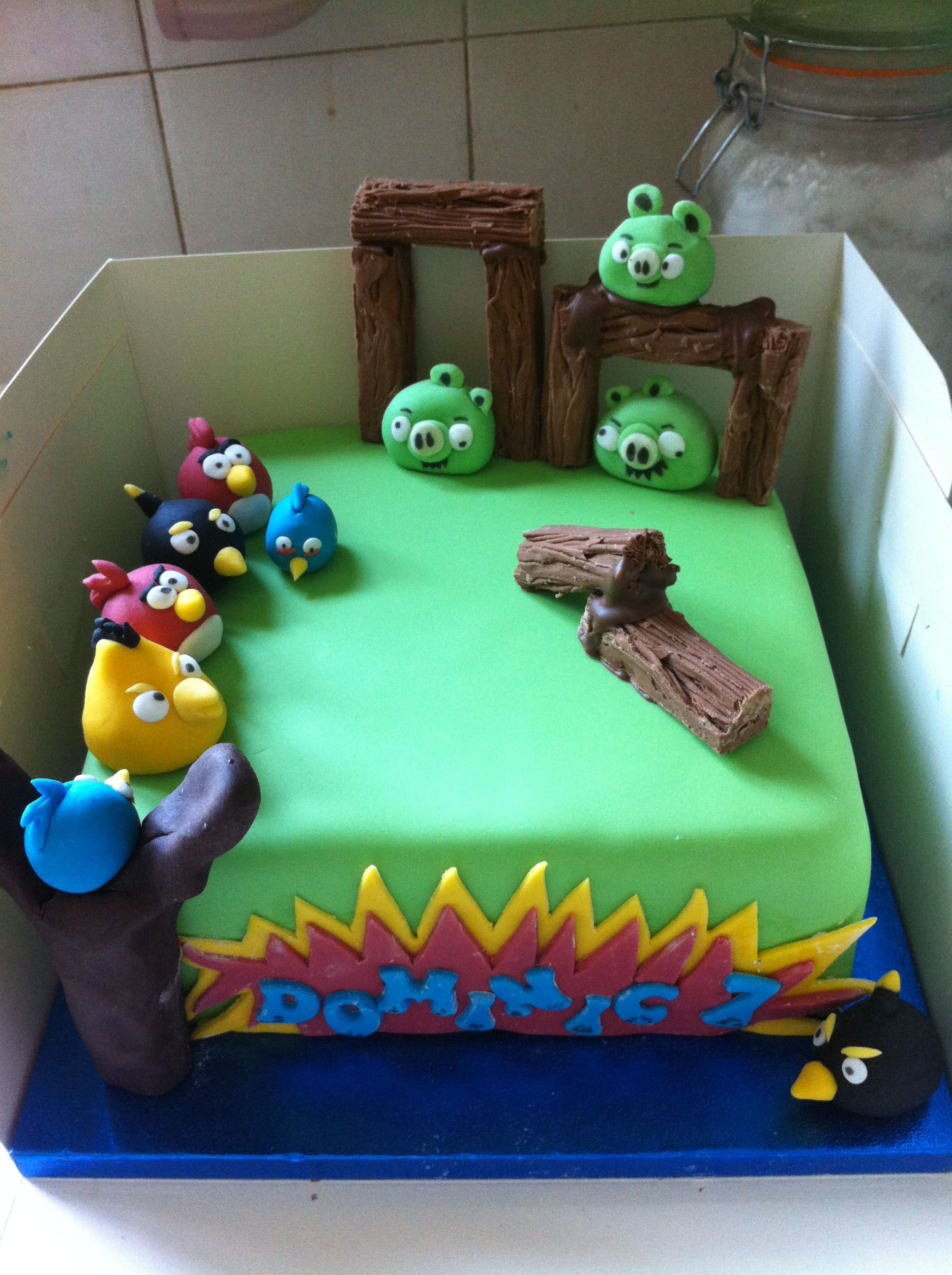 Angry Birds Cake In