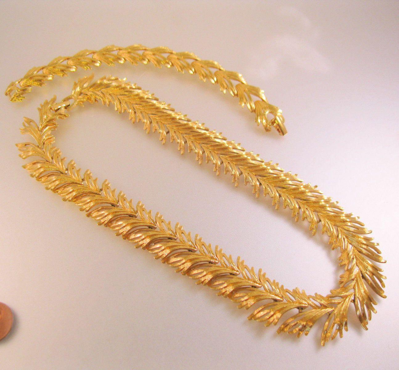 2499 Vintage MONET Gold Plated Necklace Bracelet Set Leaf Branch