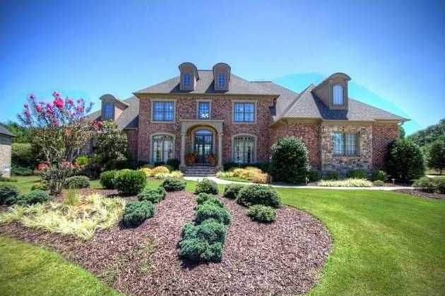 Welcome To 102 Brightmoor Court Woodmont Golf Country Club Offers An Unparalleled Lifestyle You Will Love To Call Woodmont Golf Country Clubs House Styles