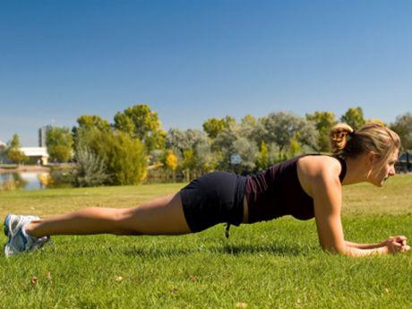 8 Essential Strength Moves for Beginning Runners [ SkinnyFoxDetox.com ] #strength #skinny #health