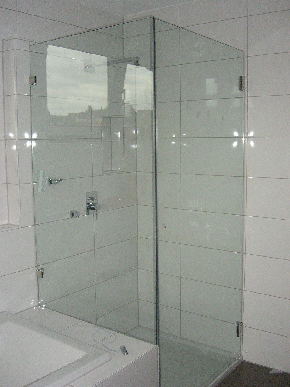 Eckdusche Eckduschen Kleines Bad Badewanne Badezimmer Mit Eckdusche