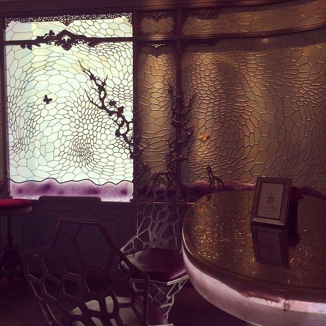 Ladurée Le Bar- butterflies! @ashleesarajones follow now on Instagram