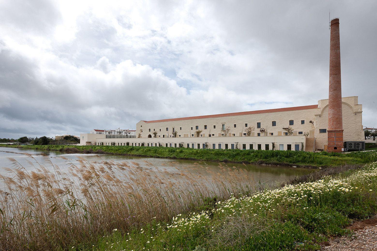 Convento Das Bernardas by Eduardo Souto de Moura